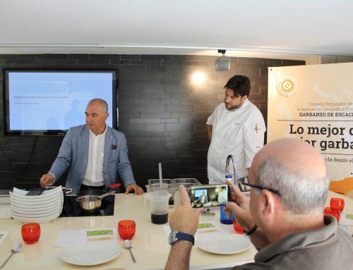 """La IGP """"Garbanzo de Escacena"""" estudia abrir nuevos mercados con la producción de garbanzo verde temprano"""
