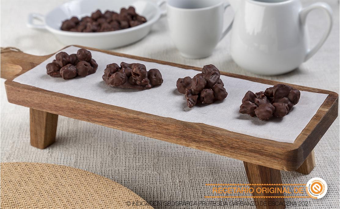 Garbanzos tostados con chocolate